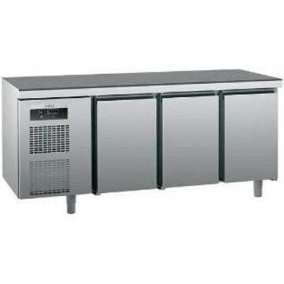 Холодильный стол SAGI KUEBM