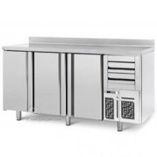 Холодный стол для бара ggmgastro BGI206H